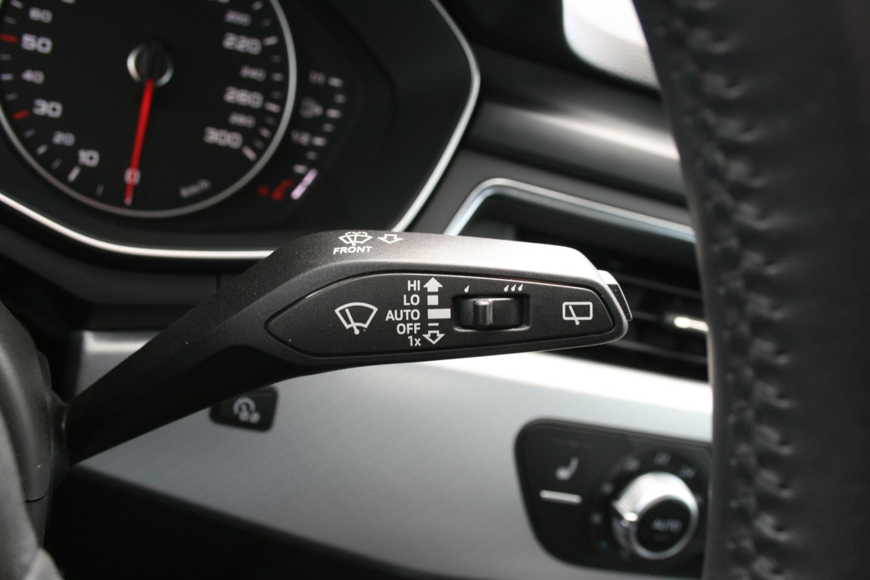 Audi-A4-32