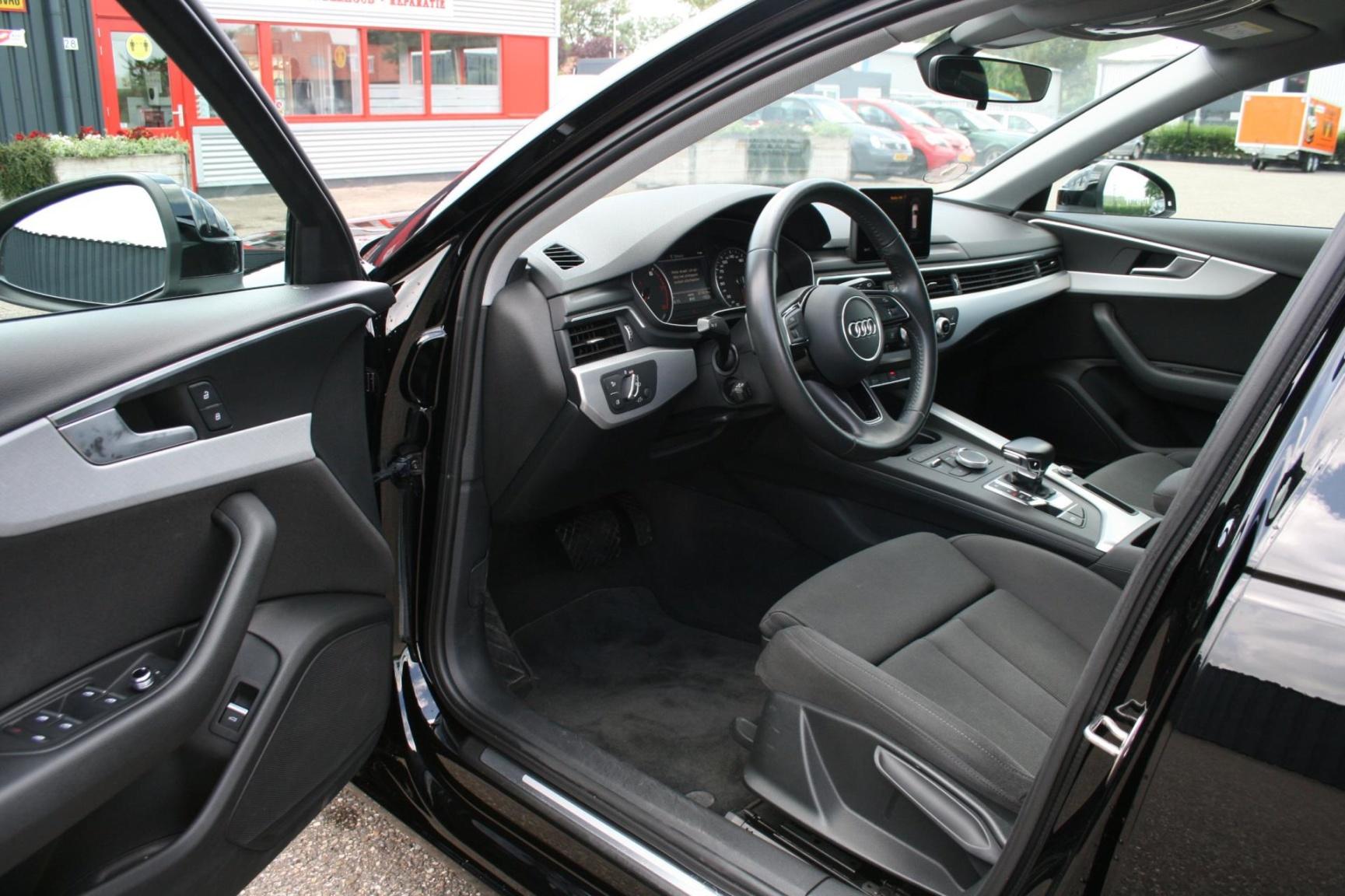 Audi-A4-24